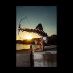 Sara Twister foot archery performer