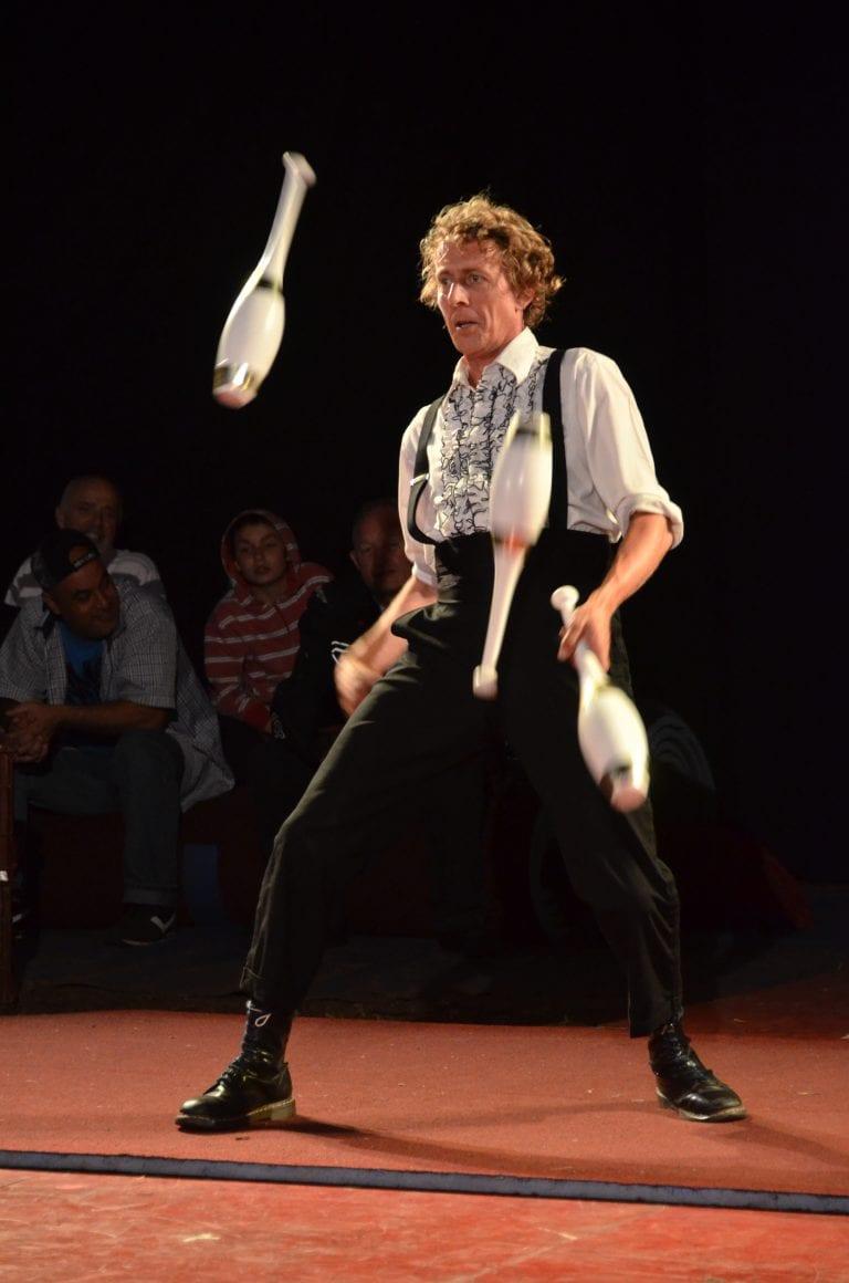 Juggling Street Show