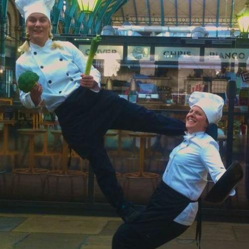 Acro Chefs - acrobatic chefs